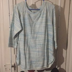 White stag 3/4 sleeve top. Size xl. Blue and white